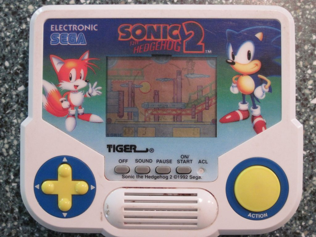 tiger-electronics-sonic
